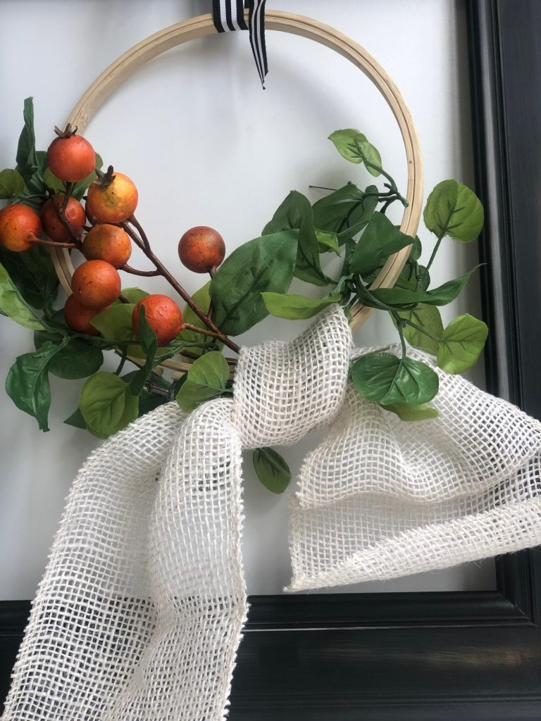 Elegant farmhouse fall wreath with simple burlap bow diy