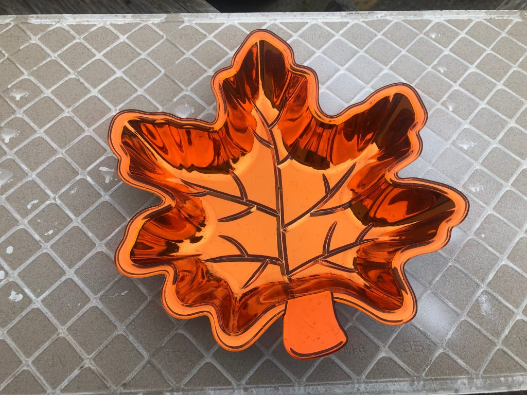 Let's transform plastic Dollar Tree leaf into a show stopper this fall