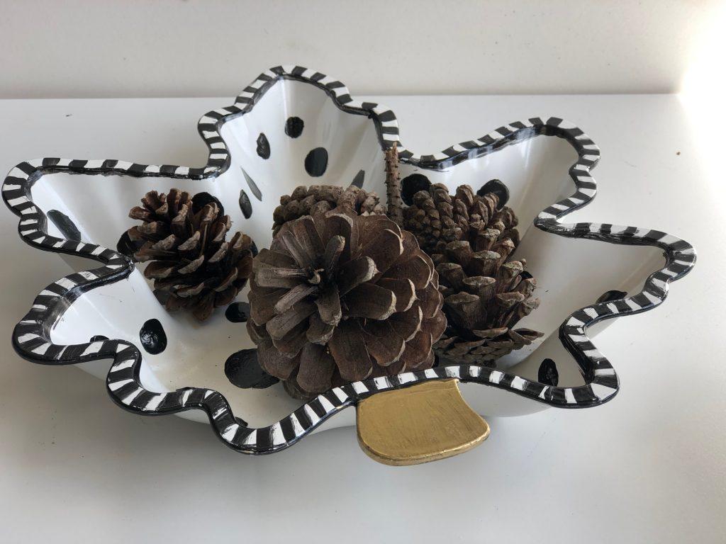 Turn your Dollar Tree leaf into MacKenzie Childs like fall home decor accessory. #falldecor #dollarstoreleaf #falldiy