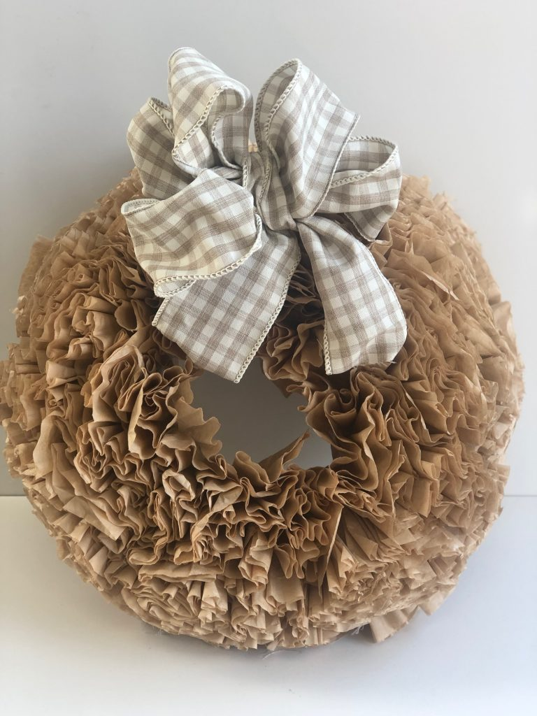 Put those coffee filters to work! Create one of best looking fall wreath for your fall home decor #diywreath #diyfall #fallwreath