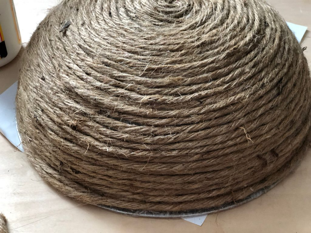 Easy to make DIY rope bowl is the perfect quick craft. Perfect accessory to display your  treasures, serve a bread at dinner table. Rustic home decor idea