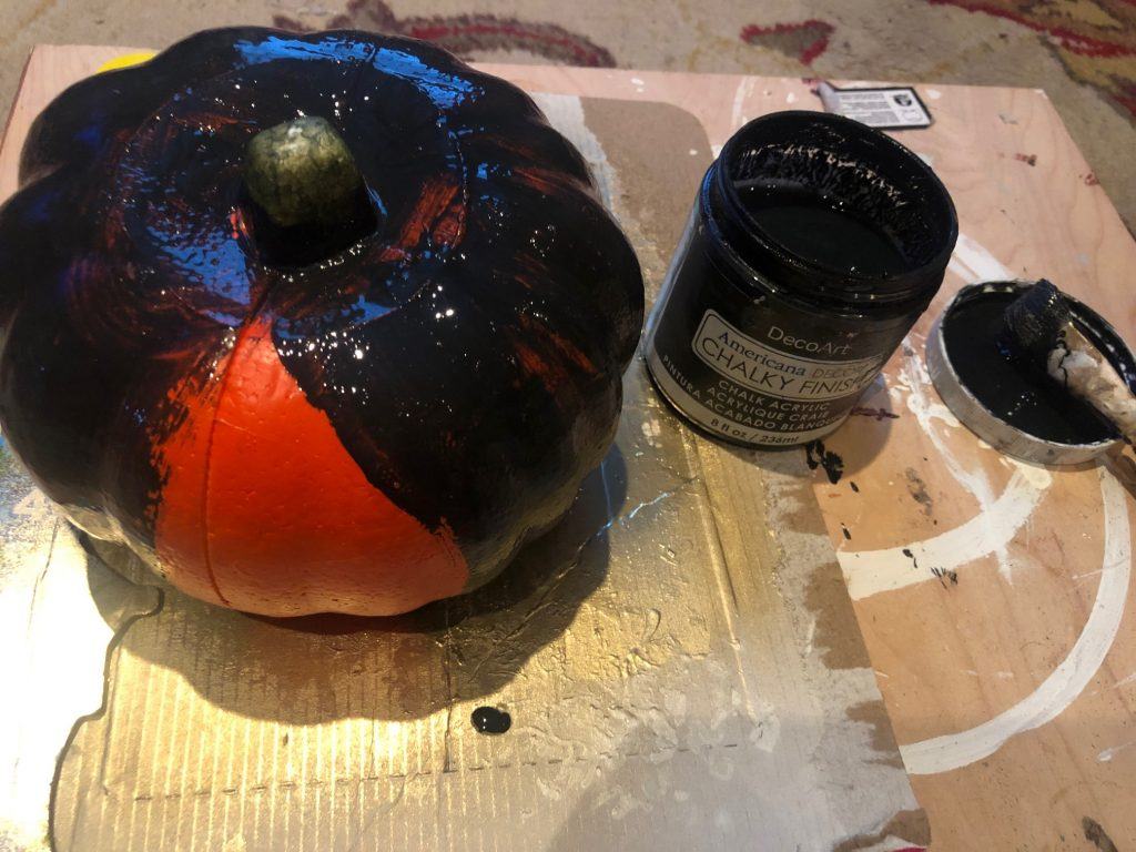 Another DIY pumpkin coming your way today! No carve fall pumpkin DIY.  This one is going to be a the perfect mix of sweet & spooky! That is my way I like to decorate for Halloween!