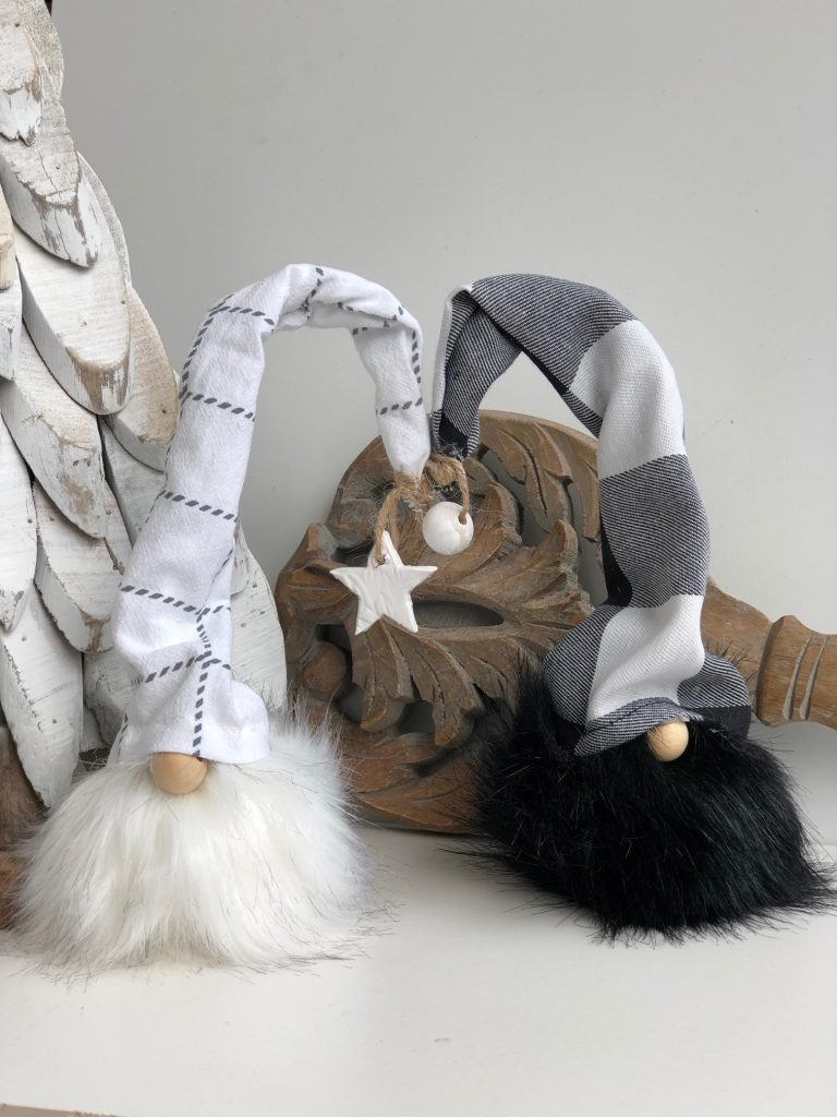 Beautiful pair of white and black faux fur pom pom gnome to decorate your house for the holidays.Christmas gnome. Easy Gnome DIY Buffalo check hat gnome