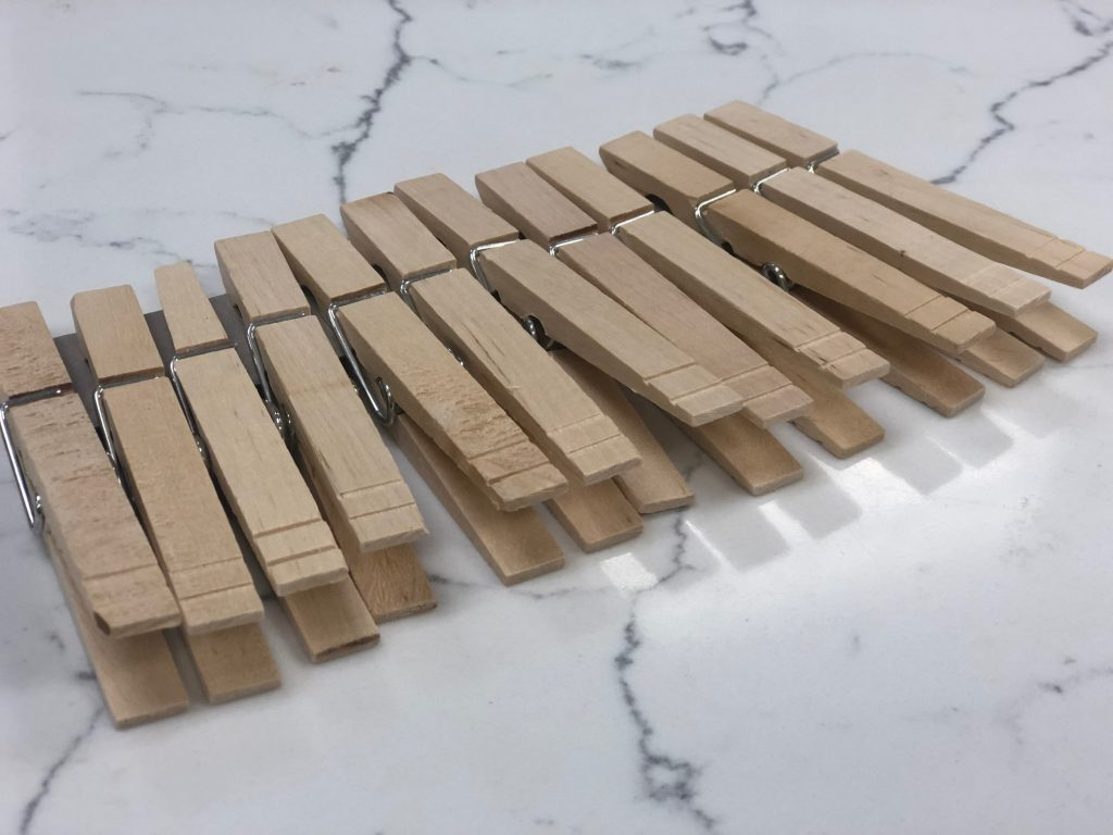 wooden clothespin to make Christmas ornaments