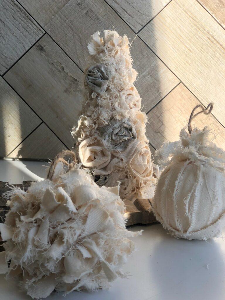 Vintage Christmas Home Decor Ideas. DIY. Drop Cloth Christmas ornaments DIY