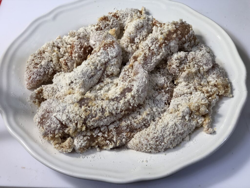 Are you looking for quick and easy crunchy chicken breast strips recipe for dinner. Delicious fried chicken dinner.
