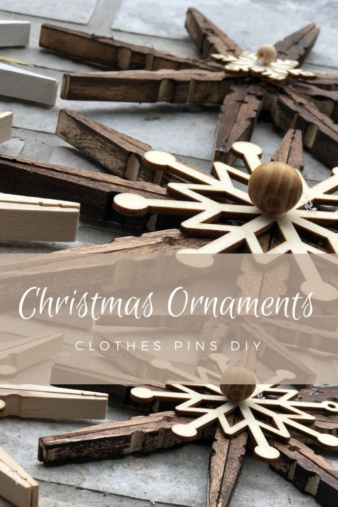 Rustic Christmas decorations ornaments DIY that are easy enough for kids to make but pretty enough for adults to admire. Rustic Snowflake. Clothespin craft