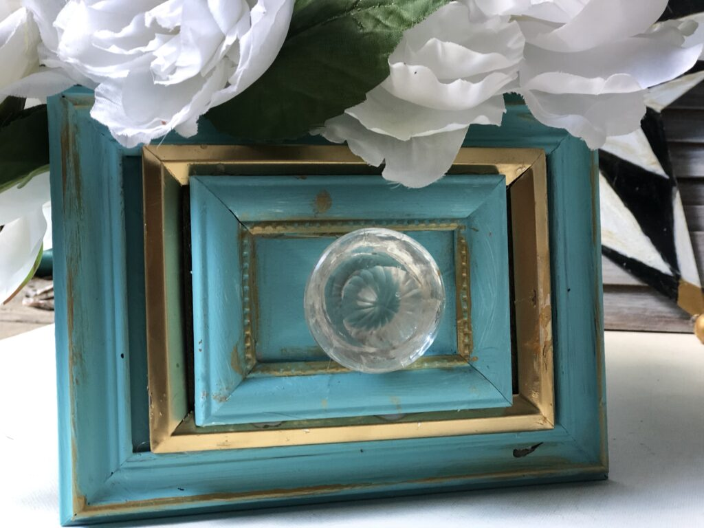 Shabby Chic Home Decor idea. Dollar Tree Picture frames drawer diy . How to build drawer. Drawer planter. Planter diy
