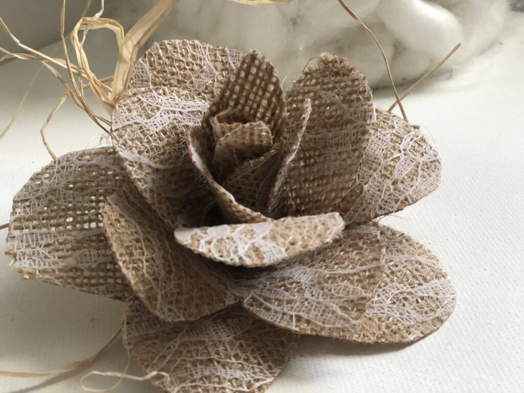 Learn how to make a perfect rose out of book pages, coffee filter or burlap. Perfect decor pieces all year round. How to dye coffee filters