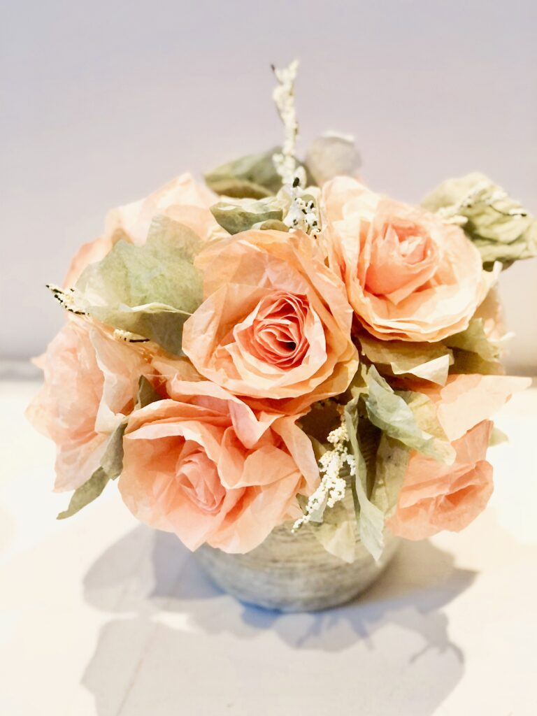Learn how to make Coffee Filter Roses.  Easy flower project. Coffee filter flowers all year round decor